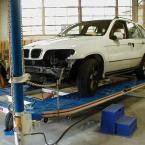 post-auto-car-in-unibody-3