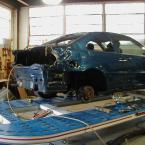 post-auto-car-in-unibody-4